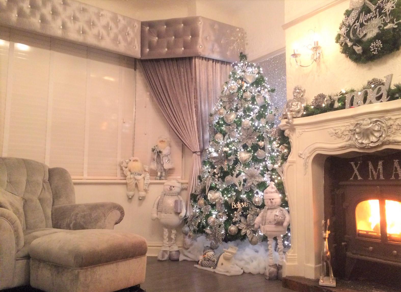 Bay Windows And A Little Christmas Inspiration Handmade